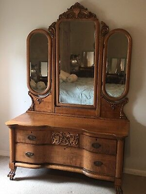 Original Beautiful Antique Heavily Carved Tiger Oak Vanity Princess Dresser 1900
