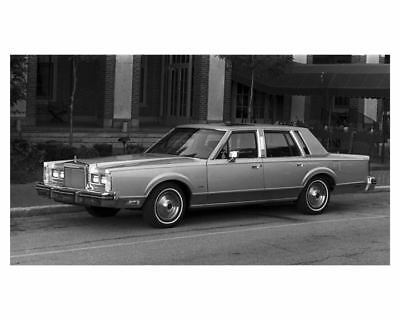 1984 Lincoln Town Car Factory Photo ub3472-4OCN5Z