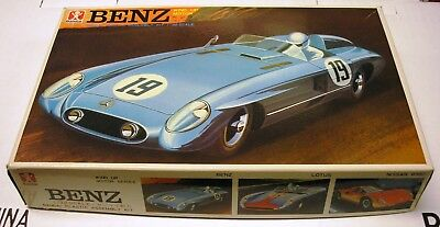 Bandai - 1/32 Scale Wind Up Motor Benz - Mercedes - Rare - Japan -