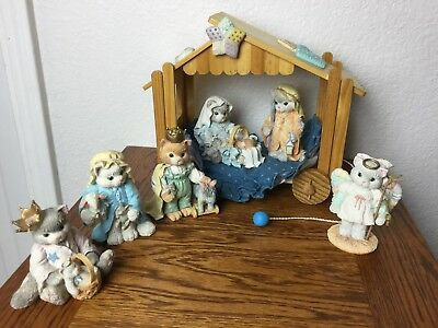 Enesco Calico Kittens 6 Pc. Nativity Set - Holy Family And Wise Men