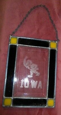 """VINTAGE Iowa Hawkeye STAINED & ETCHED GLASS PANEL 6"""" X 8"""""""