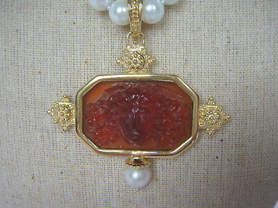 TAGLIAMONTE(790) 925SS /YGPVenetian Cameo Pendant*FREE PEARLS WHILE SUPPLY LASTS