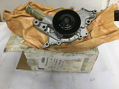 Brand New Genuine Mercedes Engine Cooling Water Pump A611200100180