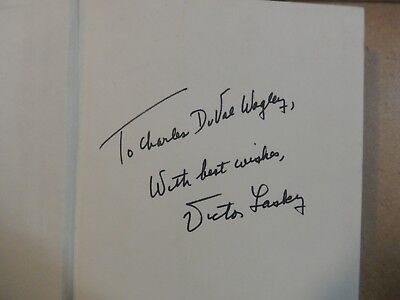 """Victor Lasky Signed Book """"It Didn't Start with Watergate""""-Watergate Scandal."""