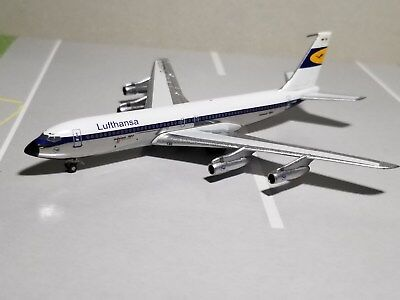 Aeroclassics Lufthansa Airlines (Chrome Belly) 707-320 1:400 Scale Diecast Model