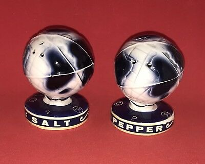 1964-1965 New York Worlds Fair Unisphere Globe Salt & Pepper Shaker Set Ceramic