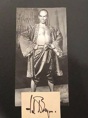 Authentic autograph Of Yul Brynner