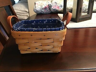 Longaberger Key / Candle Small Basket 1998 - With Liner And Protector