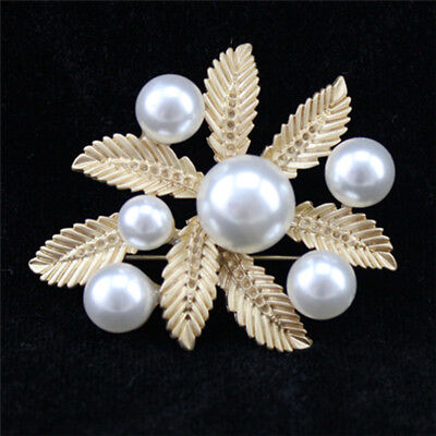Fashion jewelry pin with pearl gold crystal leaf brooch