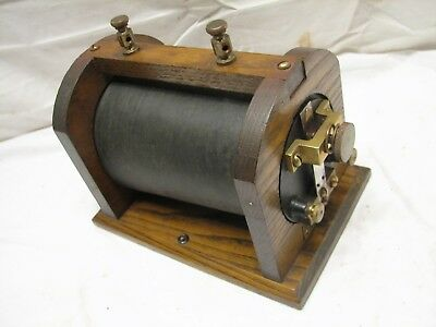 Antique Bull Dog Spark Coil Wood Hit Miss Engine E.I. Bulldog Electro Importing