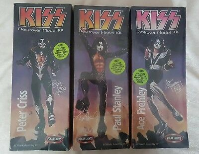 KISS FIGURES - 3 x DETROYER MODEL KITS, PAUL, PETER AND ACE BY POLAR LIGHTS. MIB