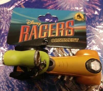"""Disney Parks Racers Car """" Goofy """" Christmas Ornament New With Tags, Authentic"""