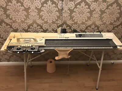 BROTHER Electroknit KH-900 Knitting Machine ** Great Condition **