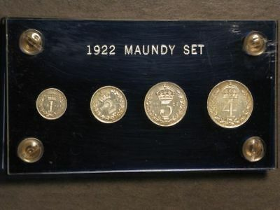 GREAT BRITAIN 1922 George V 4 Pc. Silver Maundy Set in Lucite Case AU-UNC