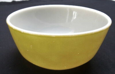 Vintage Anchor Hocking Fire King Green~Light Olive Colour Mixing Bowl