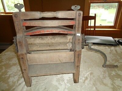 Vintage Anchor Brand Lovell MFG Erie PA Wood Hand Crank Clothes Wringer washer