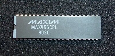 MAXIM MAX456CPL 8x8 Video Crosspoint Switch DIP-40
