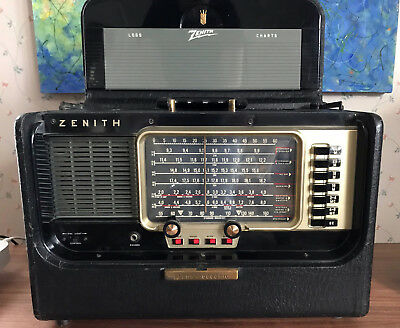 Zenith Transoceanic R600 Tube Radio with Charts