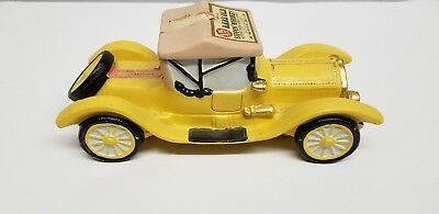 Jim Beam Vintage 1913 Cadillac Porcelain Collector's Bottle - great condition