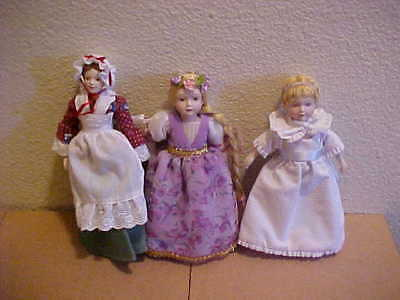 Lot of 3 Vintage Small Porcelain Dolls by Avon 1980s Rapunzel Betsy Ross