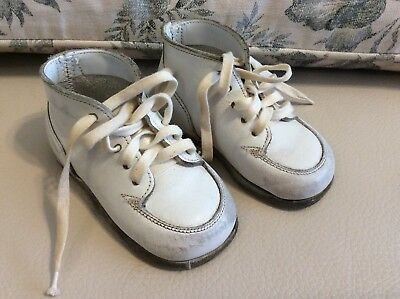 Vintage Buntees Baby Shoes, White With Original Paper & Box
