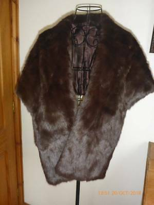 Lovely Vintage 1940's/50's Fur Stole Cape With Collar