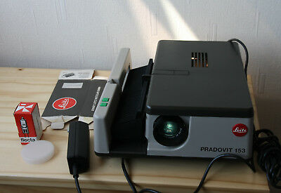 Leitz Pradovit 153 Projector Colorplan Cf 2.5/90 Leica Lens Original Box. N/mint