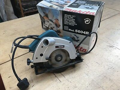 Makita Circular Saw 5604R Corded. Good Condition Light Use.