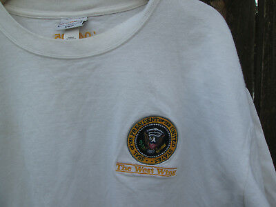 THE WEST WING Vintage Presidential Seal 2004 TV Crew T-Shirt MARTIN SHEEN