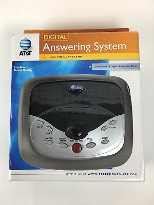 AT&T 1722 Digital Answering System With Time Day Stamp