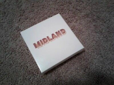 On The Rocks Midland Set contains 4 coasters Size 12 x 10 cm. (4.7 x 3.9 in.)