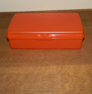 TUPPERWARE Set of 2 RECTANGLE Keepers LARGE Rectangular RED Sandwich NIP Hinged