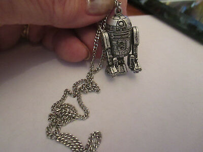 Vintage Star Wars R2D2 pendant necklace with chain moveable 1977