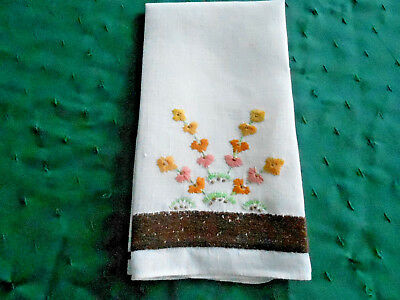 Unique Antique Towel, White Linen/peach Colored Embroidered Daisies, Circa 1930
