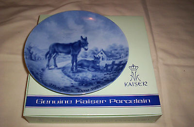 Kaiser--Rare--New--1981 Mother's Day Plate w/Original Boxes---Design By H. BLUM