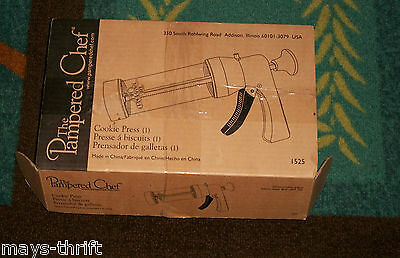 The Pampered Chef Cookie Press /  1525