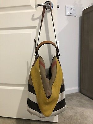 NWT BURBERRY GRAINY Canvas Check Small Heston Bucket Shoulder Tote ... 735f74d5debc4