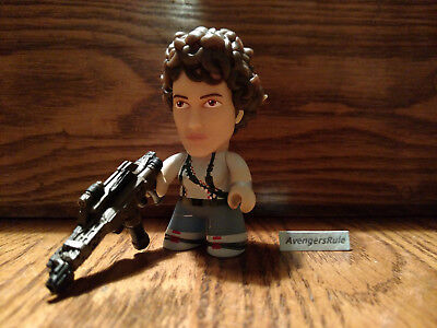 Aliens The Game Over Collection Titans Vinyl Figures Ripley 2/18