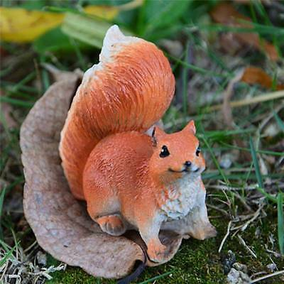 Gathering Squirrel Tree Decor Indoor/Outdoor Garden Yard Porch Patio Figurine