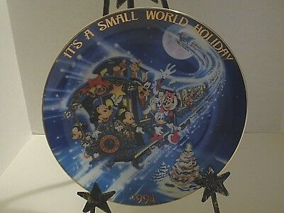 Disney Plate Christmas 1994 - It's A Small World,  Bradford Exchange