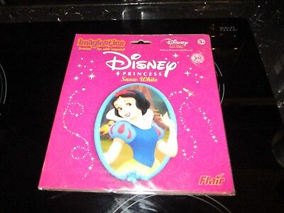 Disney Snow White Evil Queen Dwarves Playboard With Over 30 Magnets Brand New