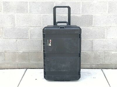 "Pelican Storm iM2975 Watertight Rolling Travel Hard Case | 29.00""×18.00""×13.80"""