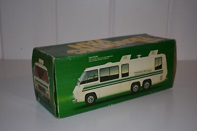 HESS TRAINING VAN with Box Truck Collectible Vintage Toy
