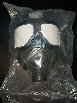 M-40 Gas Mask, New in bag