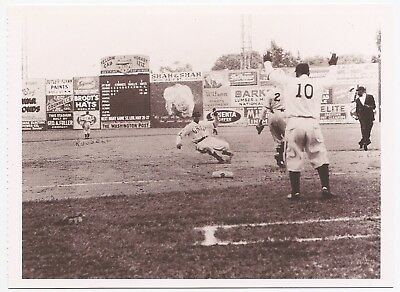 Negro League Baseball Postcard, Cool Papa Bell, Homestead Grays In Action