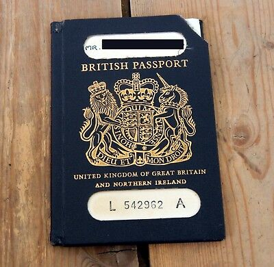 Vintage UK British Passport Expired Used Old Cancelled Issued 1976