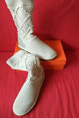 a4ae9eb35de UGG WOMEN'S BOOTS Size 5.5 cream beige authentic 100%