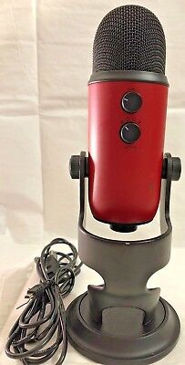 Blue Microphones Yeti Professional USB Condenser Microphone - Satin Red