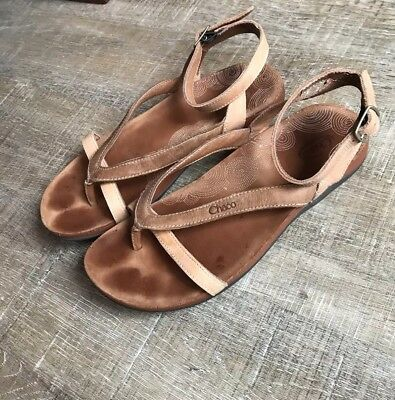 a5e563630ee3 CHACO Women s Tan Brown Sofia Leather Adjustable Ankle Strap Thong Sandals 7