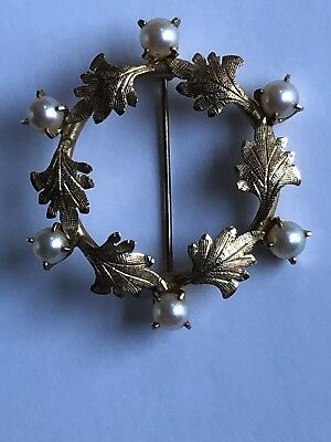14K Yellow Gold 6 Pearl Circle Oak Leaves Diamond Cut Engraved Wreath Pin Brooch